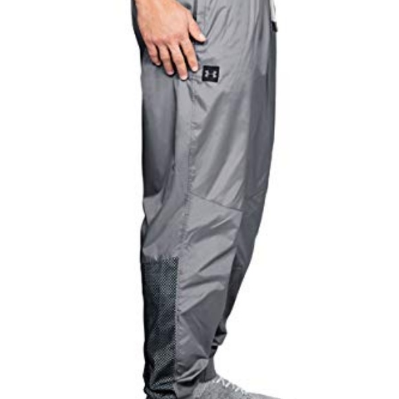 Under Armour UA Sportstyle Bottoms Mens Black Loose Woven Sports Wind Pants